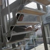 階段ネット(転落防止)工事(逗子市 O様邸)1