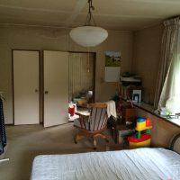 施工前は12畳の寝室でした。