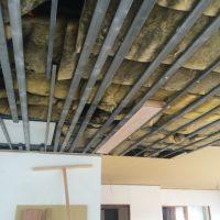 天井ボードは照明計画の関係と湿気でぶかぶかでしたので、全て張り替えました。