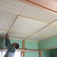 和室、竿縁・板目天井