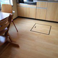 床に薄板無垢フローリング貼り増し
